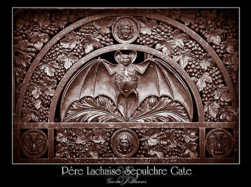 Sepulchre Gate, Pere Lachaise Cemetery, paris photos, photography, france, city, capital
